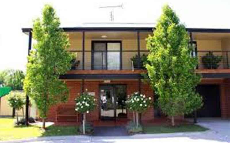 Book Motel Accommodation Denman - Grapevine Motel Denman